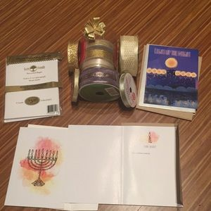 Other - 19-piece NWT Hanukkah cards, bow and ribbon
